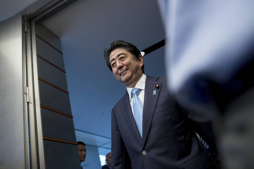 Abe tries to ride out storm in bid to restore trust deficit