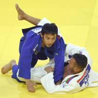 Takato, Tonaki claim gold at world championships