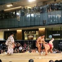 Exhibition events bring sumo to new audience