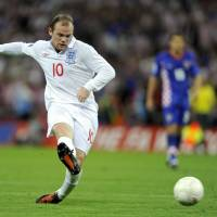 England record-holder Rooney abruptly ends international career