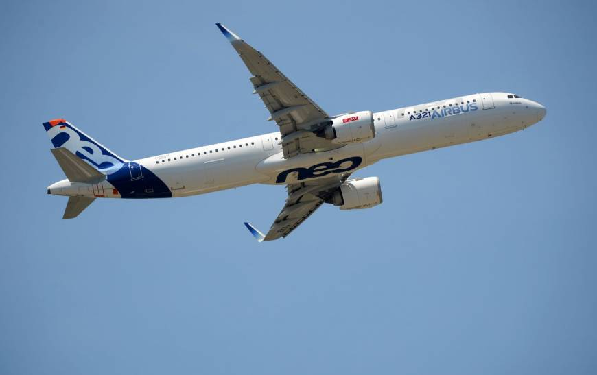Biggest Airbus A350 loses more orders as Cathay becomes latest to opt for smaller sibling