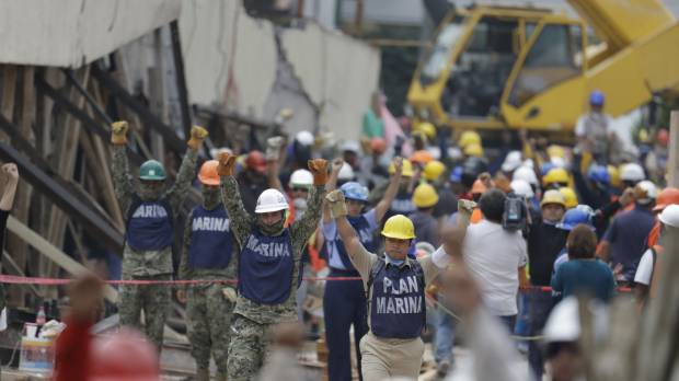 Mexicans transfixed by efforts to rescue girl from quake-flattened school, only to learn she didn't exist