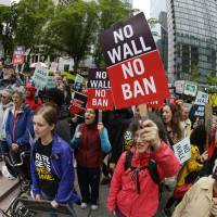 Trump's travel ban does not apply to grandparents, appeals court says