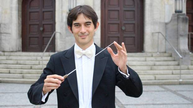 Conductor Tonio Shiga: Overcoming communication struggles with a baton