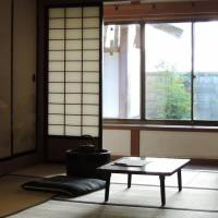 Room with a view: Writer Osamu Dazai is reported to have sat at this table while writing when he returned to his hometown. | DAVEY YOUNG