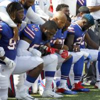 Trump's criticism sparks fresh wave of protests in NFL