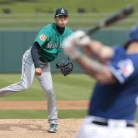 Hisashi Iwakuma has admitted he will not pitch again for the Seattle Mariners this year. | KYODO