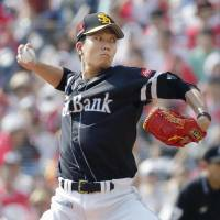 Senga collects career-high 13th victory as Hawks edge Marines