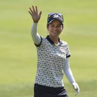 Miyazato finishes fifth with late push at Portland Classic