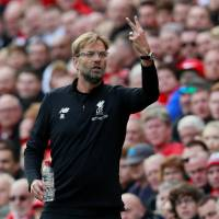 Liverpool manager Jürgen Klopp directs his team during a recent match. | ACTION IMAGES VIA REUTERS