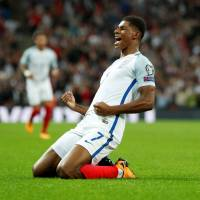 Germany, England close in on berths