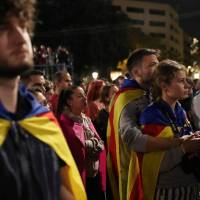 Unions, Catalan associations call for regional Tuesday strike in wake of referendum crackdown