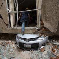 Low-pitched, rumbling rocks could help predict when earthquakes strike, research says
