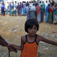 Aid officials: Myanmar's Rohingya crisis 'spinning out of control' in Rakhine
