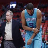 Hornets' Nicolas Batum tears ligament in right elbow
