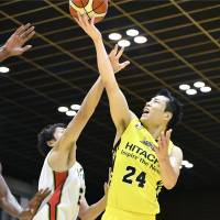 Strong start helps Sunrockers to win over B-Corsairs
