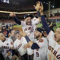Astros get past Yankees to reach World Series