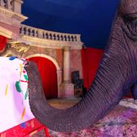 Elephant's paintings auctioned in Hungary