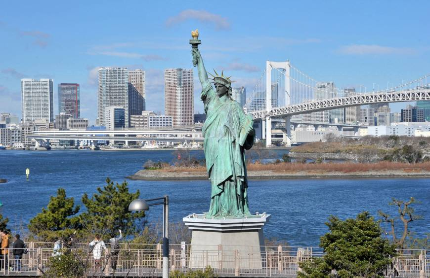 A small replica of the Statue of Liberty stands in Odaiba