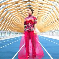 Sprinter Sae Tsuji, track bronze medalist of the 2016 Rio de Janeiro Paralympic Games, is seen in this photo taken by renowned photographer Mika Ninagawa and published in the para-sports magazine Go Journal. | THE NIPPON FOUNDATION PARALYMPIC SUPPORT CENTER / VIA KYODO