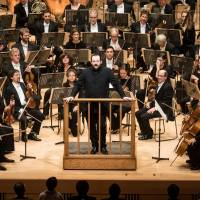 Introductions: Andris Nelsons speaks to the audience from the stage prior to an encore at Suntory Hall in Tokyo on Nov. 9. | BSO PRESS OFFICE