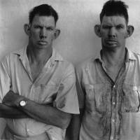 'Dresie and Casie, twins, Western Transvaal' (1993) | ©ROGER BALLEN COURTESY OF EMON PHOTO GALLERY