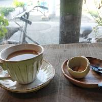 Shiomachi joe: Cafe and Bar Shiomachitei is a great place to stop for a coffee along the Edo Period shopping street in Ikuchishima's Setoda village. | AMY CHAVEZ