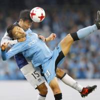 Frontale keep title hopes alive
