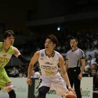 Sunrockers exhibit effective defense in comeback triumph over Levanga
