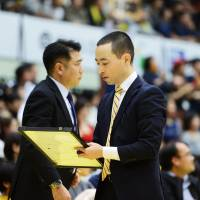 Sunrockers bench boss Geoffrey Katsuhisa, in his first season at the helm, says defense is the team's chief characteristic. | B. LEAGUE