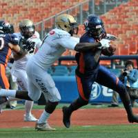 Opportunistic Seagulls dominate defensively, capitalize on Rise's miscues in X League quarterfinal victory