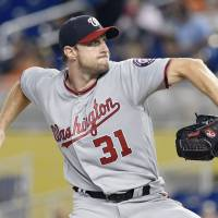 Scherzer, Kluber named Cy Young  winners