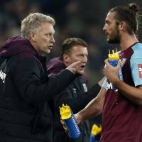 David Moyes hails West Ham fans after Leicester draw
