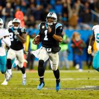 Cam Newton, Panthers hammer Dolphins