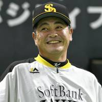 Hawks, BayStars get ready for pivotal Game 6