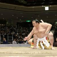 Regional tours between grand sumo tournaments are taking their toll on the wrestlers' physical wellbeing. | KYODO