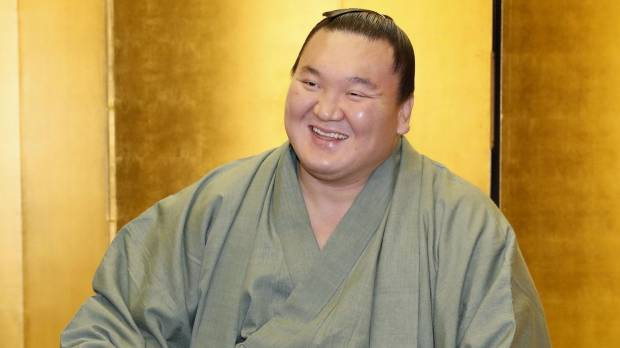 Hakuho relieved to finish difficult year on winning note