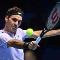 Roger Federer outplays Marin Cilic in ATP Finals victory