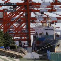 Exports to Asia help Japan mark trade surplus for sixth month in row