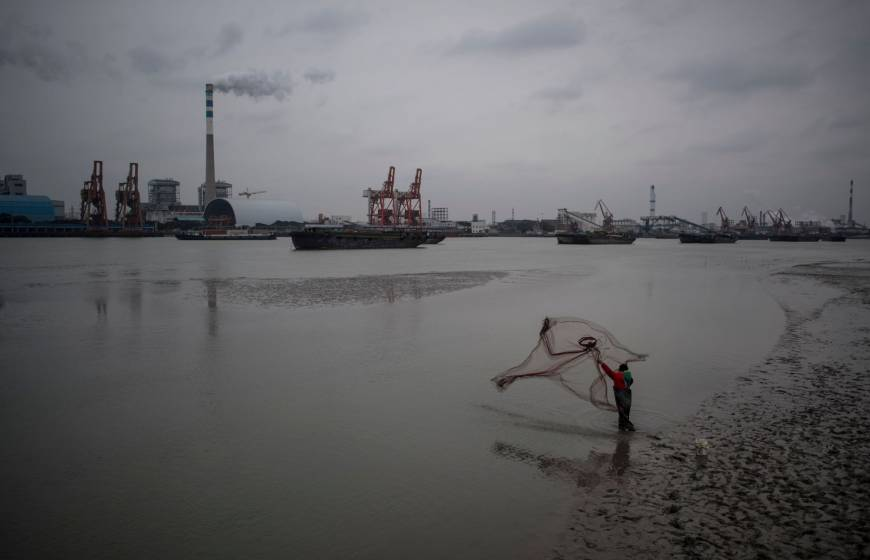 Top polluter China unveils nationwide carbon market