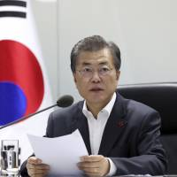 Moon to visit China next week to talk with Xi about North Korea