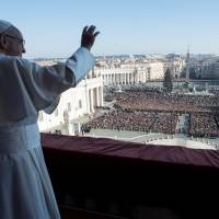 Pope Francis laments 'winds of war,' calls for two-state solution in Mideast