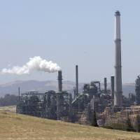 14 states sue U.S. government over alleged failure to enforce smog rules