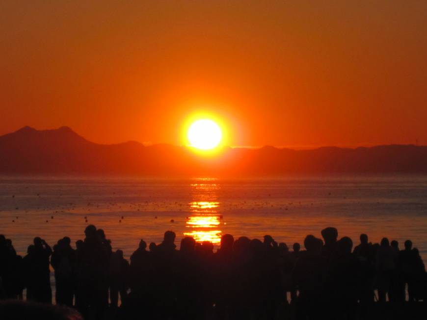 The Miura Peninsula is an ideal spot from which to watch a sunrise or sunset.