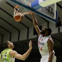 Nagoya's Justin Burrell provides clutch performance at free-throw line in OT victory over Hokkaido