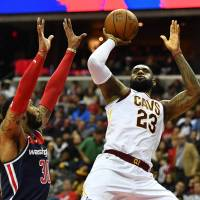 LeBron James makes statement as Cavaliers beat Wizards