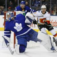 Frederik Andersen comes up big in goal for Maple Leafs