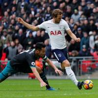 Tottenham's Harry Kane prepares to shoot during his team's 5-2 win over Southampton at Wembley Stadium on Tuesday. | REUTERS