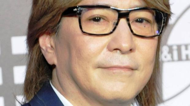 Famed producer Tetsuya Komuro quits music industry over alleged affair