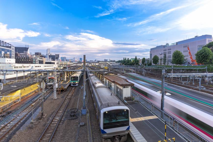 Japans trains always on time Report highlights frequency of rush